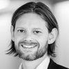 Martin Levi Fenger taler på konferencen Contract Management